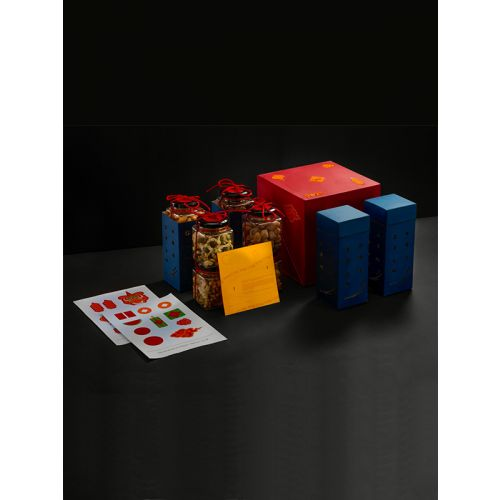 Primary color combination dryfruit packaging gift box with jars