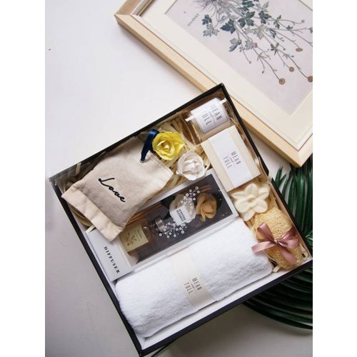 Aroma and bath hamper for her